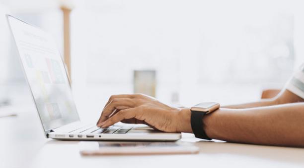 Ecuador: El Mintel y Coursera ofrecen cursos en línea para la reactivación de la fuerza laboral