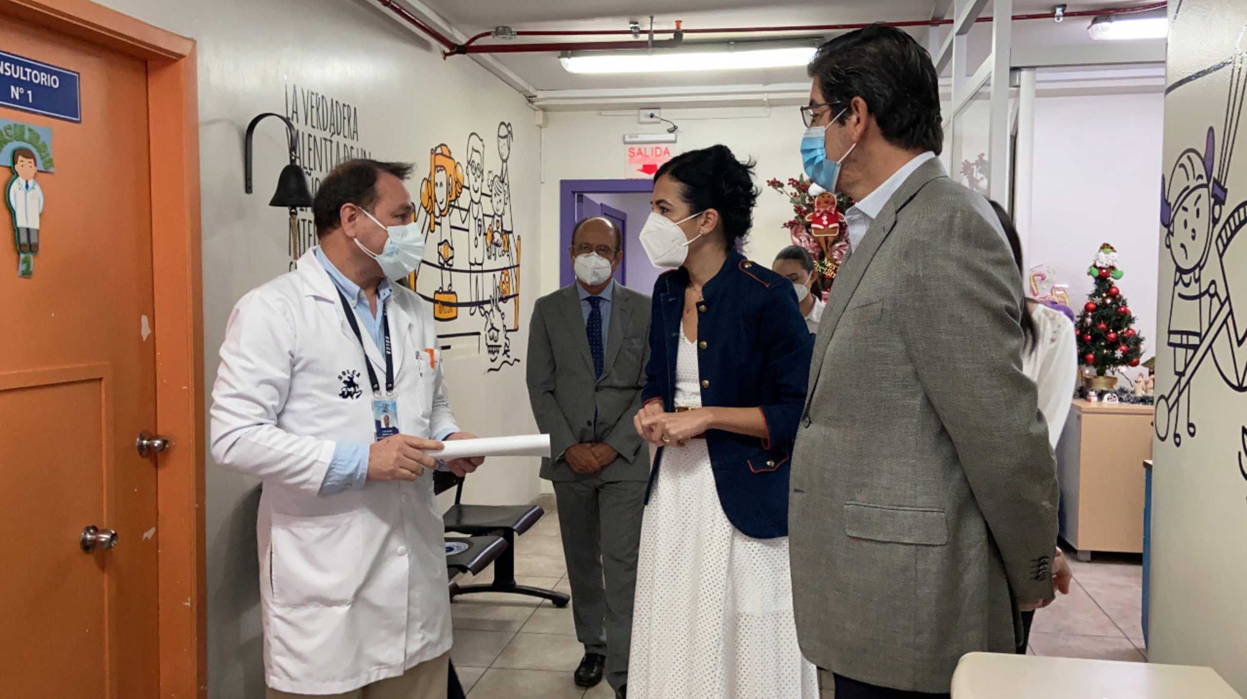 Guayaquil: médicos de Solca serán vacunados en fase cero